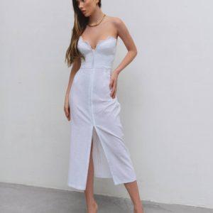 приобрести летнее молочное платье с декольте по акции