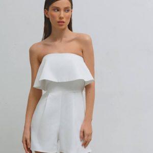 купить летний женский комбинезон белого цвета с открытыми плечами по низкой цене