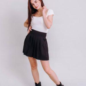 приобрести мини юбку-плиссе чёрного цвета из летней коллекции Unimarket по выгодной стоимости