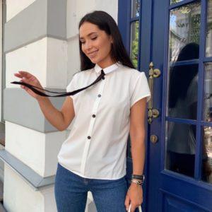 Придбати білу жіночу блузку з коротким рукавом з краваткою (розмір 42-48) онлайн