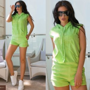Придбати салатовий жіночий літній велюровий костюм з капюшоном (розмір 42-52) за низькими цінами