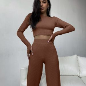 приобрести костюм на лето цвета шоколад для девушек в интернет магазине одежды Unimarket по акционной цене