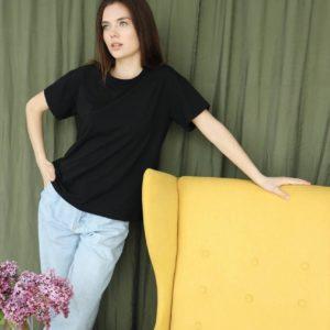 заказать черную женскую футболку свободную по низкой цене
