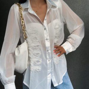 Заказать онлайн белую блузу из шифона с нашивками для женщин