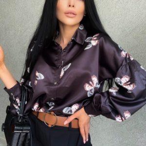 Купити чорну жіночу блузку з принтом метелики (розмір 42-48) по знижці