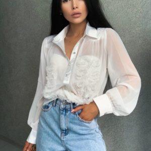 Купить женскую белую блузу из шифона с нашивками в интернете