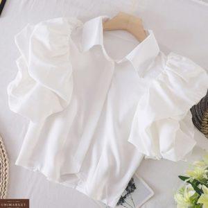 Купити білу жіночу повітряну блузу з об'ємними рукавами на літо