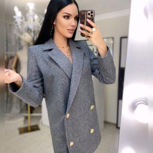 Купить черное женское двубортное пальто из шерсти в Украине