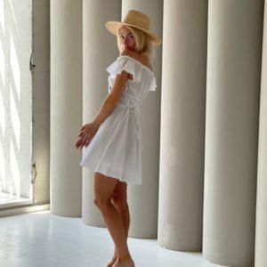 Заказать онлайн белое платье из батиста в горошек для женщин