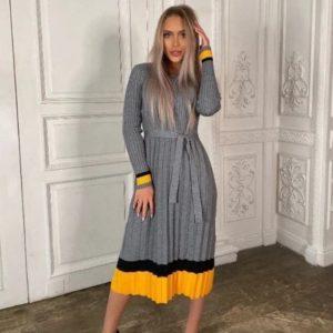Купить серое вязаное платье плиссе с поясом для женщин в Украине
