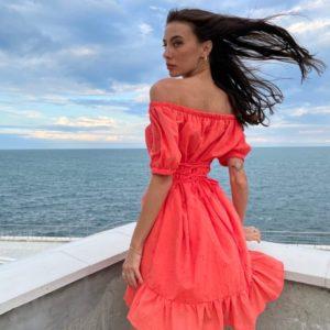 Заказать по скидке коралловое платье с хлопковым шитьём (размер 42-52) для женщин