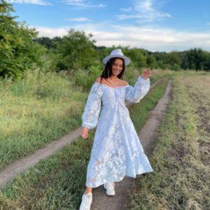 Купить выгодно белое женское платье из органзы на подкладке (размер 42-52)