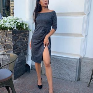 Заказать серое женское нарядное платье с открытыми плечами (размер 42-48) по скидке