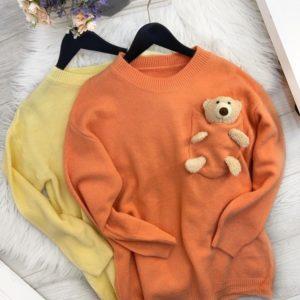 Купить оранжевый, желтый женский свитер с мишкой в Украине