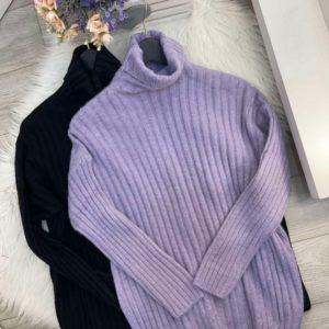 Замовити в інтернеті вільний светр під горло з ангори чорний, ліловий для жінок