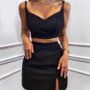 Купить по скидке женский костюм с топом и мини юбкой черного цвета