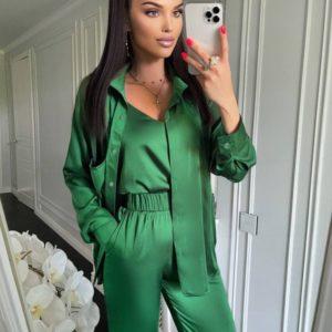 Купить онлайн зеленый женский костюм тройка из шелка армани
