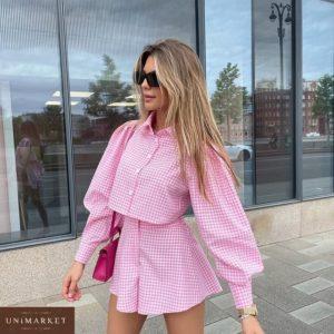 Замовити рожевий жіночий костюм в клітину: спідниця-шорти і сорочка онлайн