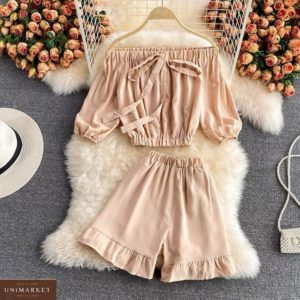 Купити бежевий жіночий літній костюм з топом і шортами онлайн