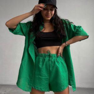 Купити зелений жіночий костюм з укороченими шортами і сорочкою (розмір 42-48) за низькими цінами