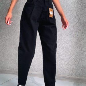Купить женские черные джинсы слоучи по скидке