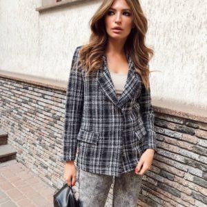 Замовити чорно-білий жіночий твідовий піджак букле в інтернеті