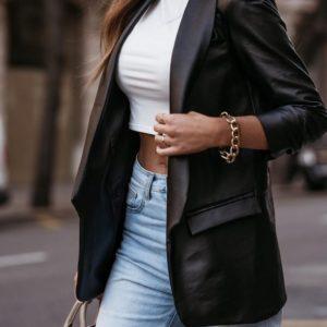 Замовити жіночий піджак з еко шкіри чорного кольору онлайн