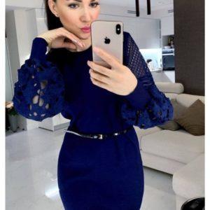 Купить синее женское вязаное платье с кружевными рукавами онлайн