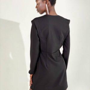 Замовити чорне жіноче костюмне плаття-піджак в Україні