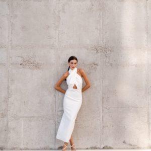 Приобрести белое женское платье с открытой спиной (размер 42-48) выгодно