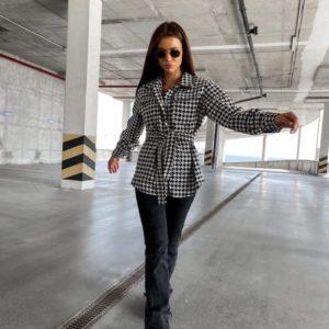 Купить черно-белую женскую кашемировую рубашку с поясом в Украине