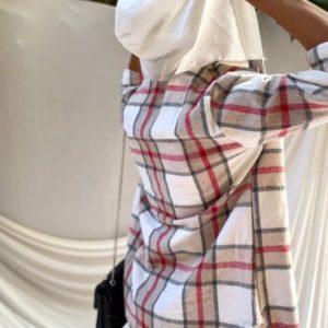 Приобрести выгодно бежевую рубашку в клетку с капюшоном для женщин