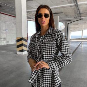 Купить черно-белого цвета кашемировую рубашку с поясом женскую онлайн