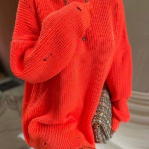 Замовити оранж, корал жіночий светр-туніка з дірками в Україні
