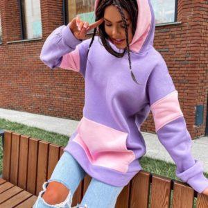 Купити лавандово-рожеве двокольорове худі з капюшоном для жінок по знижці