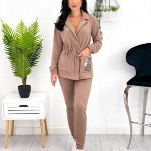 Купить по скидке кофе прогулочный костюм с затяжкой (размер 42-52) для женщин