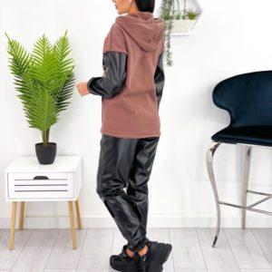 Приобрести дешево кофейный костюм на флисе с кожаными вставками (размер 42-52) женский