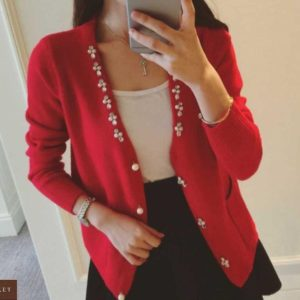 Приобрести красную женскую кашемировую кофту с декором в интернете