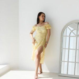 заказать женское платье с разрезом на ноге по выгодной стоимости