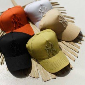купити жіночі кепки в різних кольорах в асортименті за низькою ціною в Unimarket