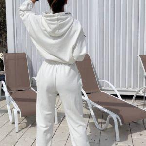 заказать женский спортивный костюм трёхнитка в молочном цвете по доступной цене