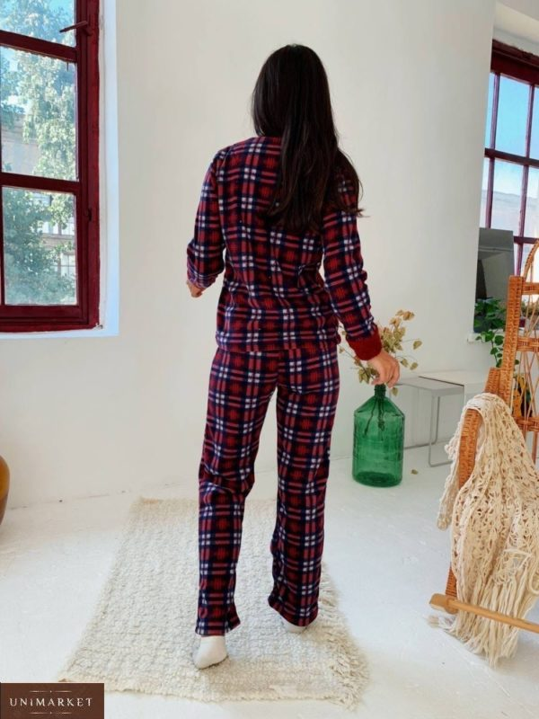 Купить красную женскую плюшевую пижаму в клетку (размер 42-50) онлайн