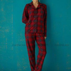 Купить онлайн красную пижаму в клетку (размер 42-50) по скидке
