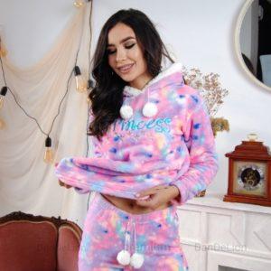 Купить розовую женскую теплую пижаму с капюшоном (размер 42-50) по скидке