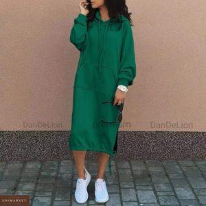 Заказать онлайн женское платье миди на флисе с капюшоном (размер 42-56) цвета трава