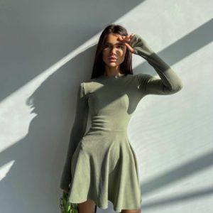 Купить женское трикотажное платье мини оливка недорого
