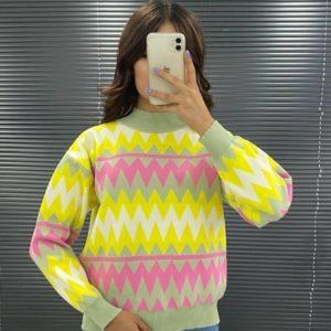 Купить желтый женский свитер с принтом зигзаг недорого
