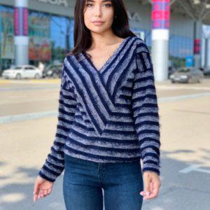 Приобрести синий женский свитер в полоску с V-образным вырезом (размер 42-48) по скидке