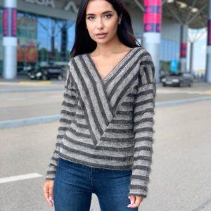 Купить женский свитер в полоску с V-образным вырезом (размер 42-48) хаки онлайн