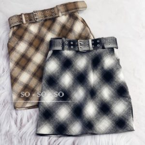 Купить серую, беж женскую юбку из твида на подкладке с поясом онлайн